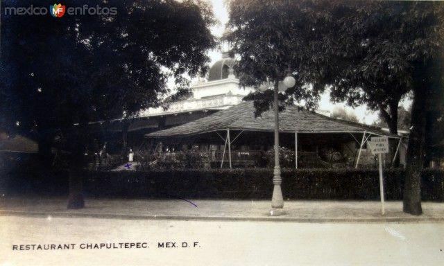 Restaurante en El Bosque de Chapultepec ( Fechada el 4 de Junio de 1922 )