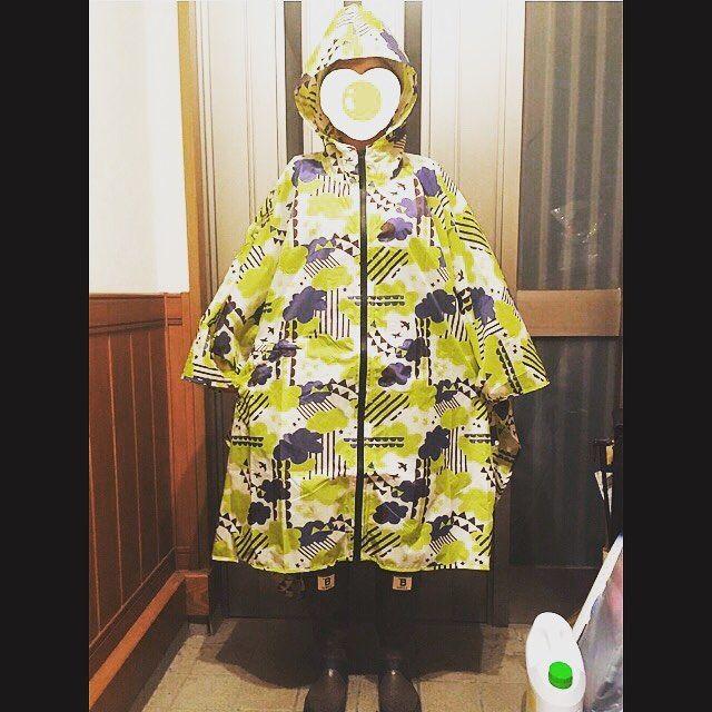 雨の日コーデ☂️ #レインウェア#kiu#レインブーツ#日本野鳥の会#雨の日コーデ#雨#愛犬#ころの散歩#気合い入れた時に限って小雨