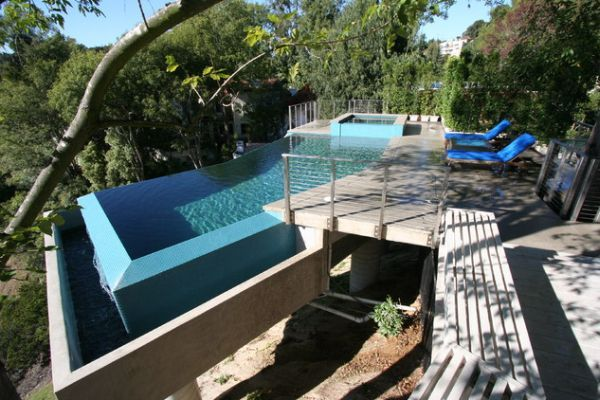 Unusual Outdoor Swimming Pool Designs