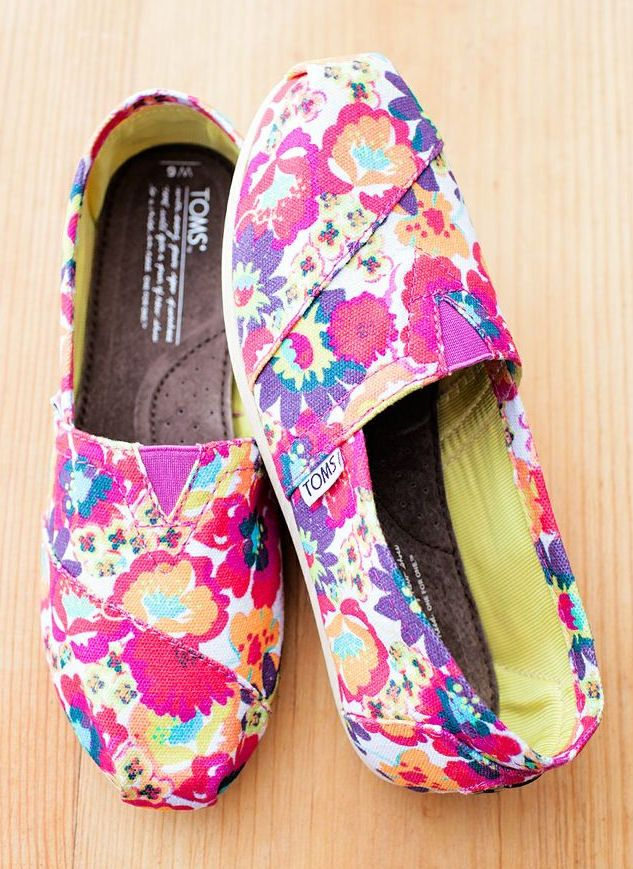 Floral TOMS Flats. Please Easter Bunny, no Choc eggs. Just this please.