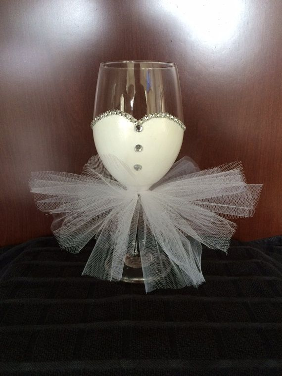 bride wine glass with rhinestones bride to be to use at bridal shower