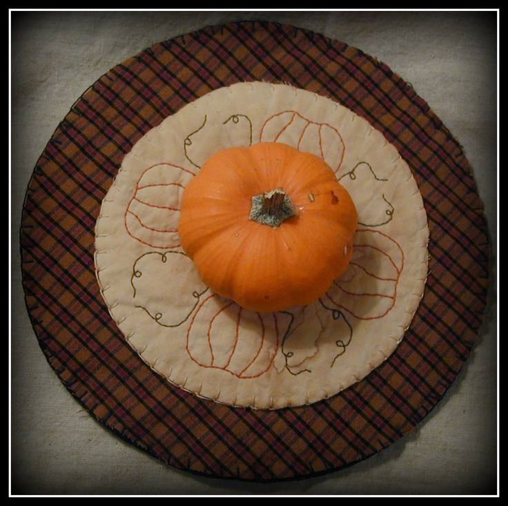 Primitive Pumpkin Candle Mat by ButtonsInTheAttic on EtsyPrimitives Pumpkin, Pumpkin Candles, Primitive Pumpkin