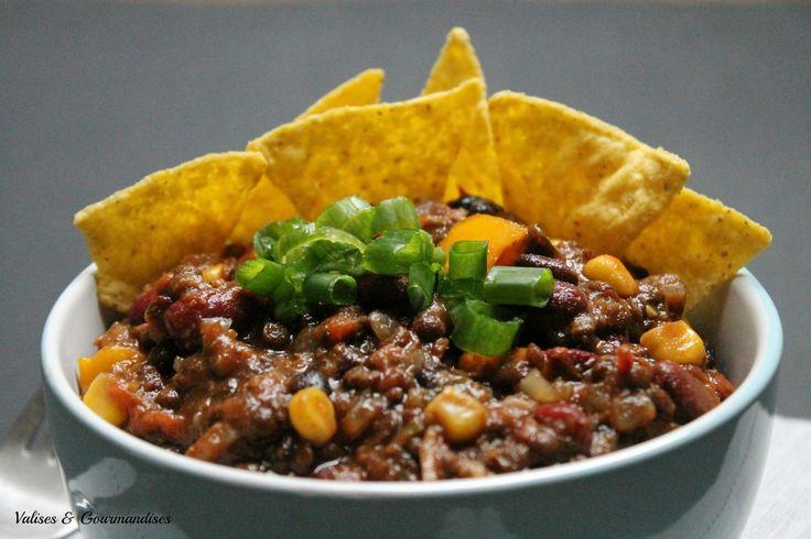 chili végane aux 3 haricots (avec carottes, poivrons, tomates, maïs..)