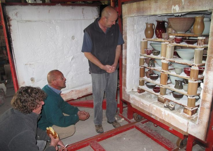 Firing gas kiln, Nico Liebenberg studio - August 2009