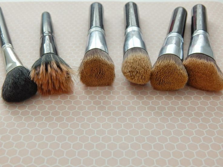 Life in Mascara- Makeup brushes