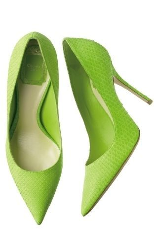 Christian Dior   Oh my, that colour of lime chartreuse/apple green high heel pumps:♥•♥•♥