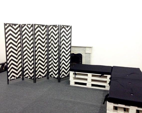 Modern furniture, chevron furniture - five-panel Decorative Room Divider