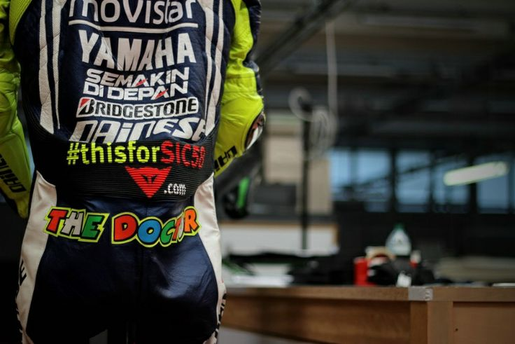 Italy MotoGP: PIC: Rossi leathers pay tribute to Marco Simoncelli