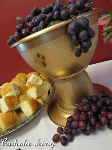 first communion table centerpiece