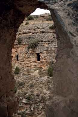Mucha gente conoce Albarracín, pero poca su interesante acueducto romano de unos 25 km de longitud entre Albarracín-Gea-Cella .