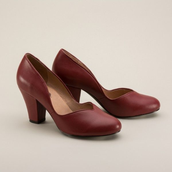 Marilyn 1940s Pumps by Royal Vintage (Red) (Pre-Order)