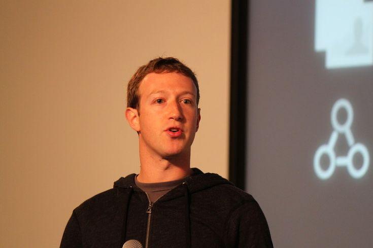 [마크 주커버그 페이스북 CEO 명언 8가지] 페이스북의 창업자이자 CEO인 마크 주커버그의 명언 8가지입니다. 경제경영 저널리스트 구와바라 데루야의 [페이스북 CEO 마크 주커버그의 초고속 업무술] 중에서 선정해 정리한 것입니다. 오직 성공만을 바라고 뛰는 삶을 살아서는 안 되겠지만, 자기 자리에서 최선을 다하고자 하는 노력은 자신의 성장을 위한 것인 만큼 롤모델의 삶은 귀담아들을 가치가 있습니다. 링크를 통해 봉리브르 블로그로 이동하시면 좀더 상세한 글을 읽으실 수 있습니다.