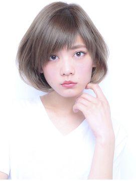 2016人気の斜めバング可愛い前下がりボブ☆透明感アッシュカラー - 24時間いつでもWEB予約OK!ヘアスタイル10万点以上掲載!お気に入りの髪型、人気のヘアスタイルを探すならKirei Style[キレイスタイル]で。