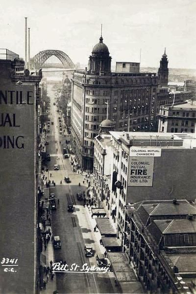 Pitt St, Sydney NSW. To see all our old postcards of Australia, visit http://oldstratforduponavon.com/australia.html