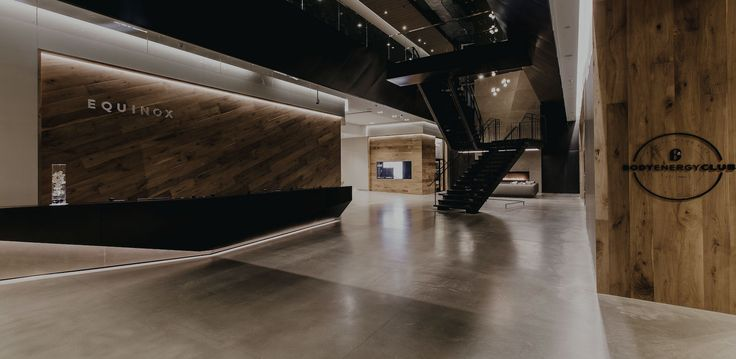 Energized by the city yet inspired by the stunning natural setting of the Pacific Northwest, our first club in Vancouver and third in Canada combines the very latest in programming with cabin-like warmth for an extraordinary fitness haven in the bustling heart of downtown. With dedicated Barre, Cycling and Yoga studios, a fireplace and fitness floors bathed in natural light, Equinox Vancouver is more than a club, it's a place to connect, commit and conquer.