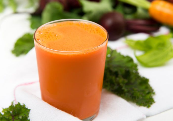 Spinach Carrot Juice by @BlenderBabes