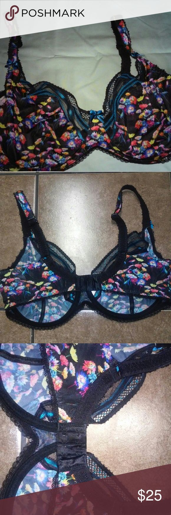 Freya bra very pretty Only wore once didnt like the fit...it fits like a 36G(4D) Freya Intimates & Sleepwear Bras