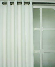 Witte verlours gordijnen 17 99 p for Verduisterende witte gordijnen