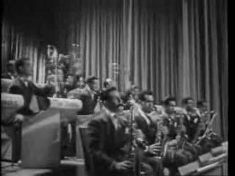 Benny Goodman - In The Mood  ((Like our Facebook Smooth Jazz Page)) http://on.fb.me/jazzmasters