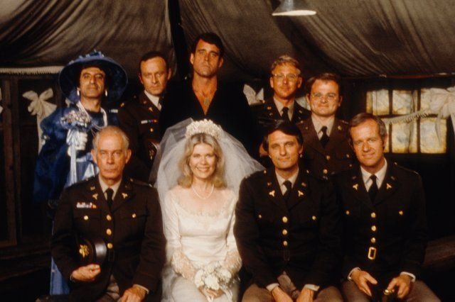 Still of Alan Alda, Gary Burghoff, William Christopher, Jamie Farr, Mike Farrell, Larry Linville, Harry Morgan and Loretta Swit in M*A*S*H