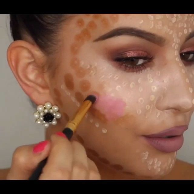 Contouring and Highlighting by @j_make_up To learn how to do your ...