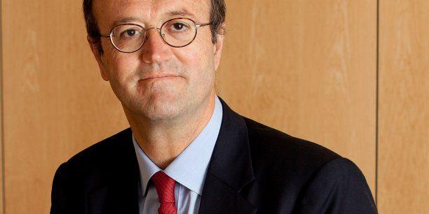 """""""Il faut mettre les bouchées doubles dans le très haut débit"""" Jacques de Heere, Acome"""