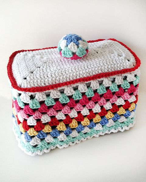 Picture of Granny-Go-Round Kitchen Set Crochet Pattern