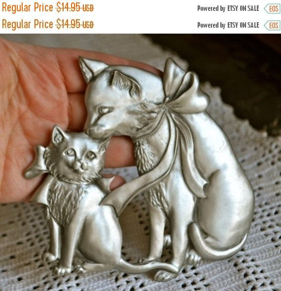 Cat Pewter Trivet by Seagull Mother Cat Licking Baby Cat Matte Silver Trivet Seagull Canada Etain Pewter Zinn by StudioVintage on Etsy