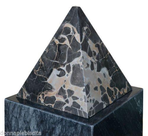 Piramide-in-Marmo-Nero-Portoro-ITALIA-Black-Marble-Sculpture-Pyramid-Home-h25cm