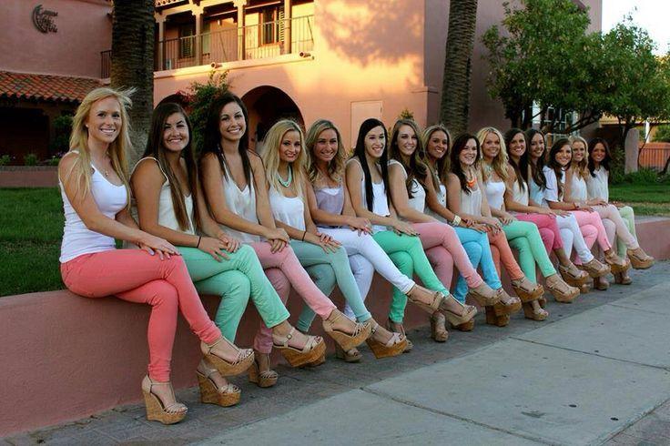 University of Arizona gamma phi beta cutest sorority photoshoot photo shoot ideas pastel pants