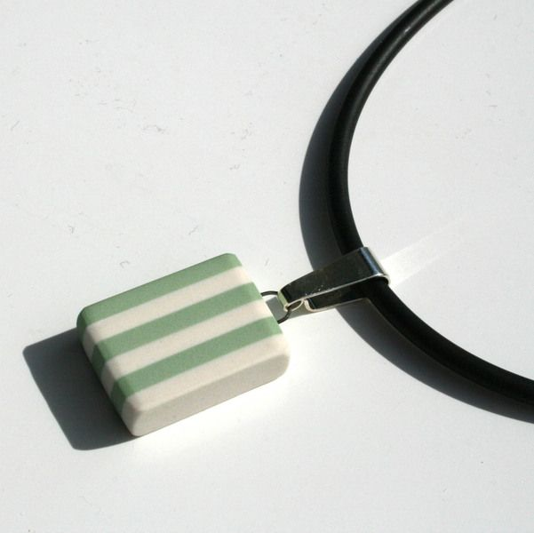 Porcelain pendant, black and white from Marie Olofsson Productdesign by DaWanda.com