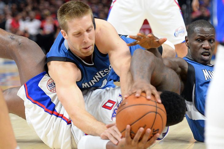 With the fantasy playoffs upon us, here are some big men to snag off the waiver wire. Justin Hamilton, F/C Minnesota Timberwolves Justin Hamilton is about to enter Ike Diogu terrain. That sentence, of course, requires an …