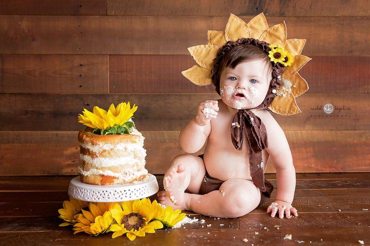 Girl Cake Smash / Sunflower Cake Smash / Child Photography