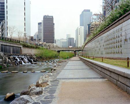 King Jeongjo's Banchado, Cheonggyecheon, Seoul, 13/04/2008, 6.58 (flow)
