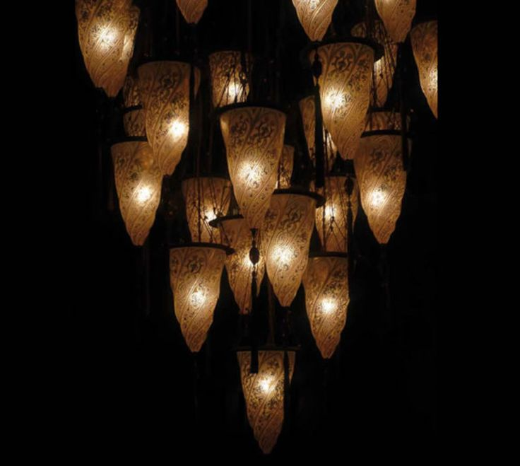 Fortuny lighting online shop Glass Cesendello suspended composition, Chandeliers, Pendant lighting, Fortuny lighting, Lighting - worldwide shipping - Ethnic Chic - Home Couture