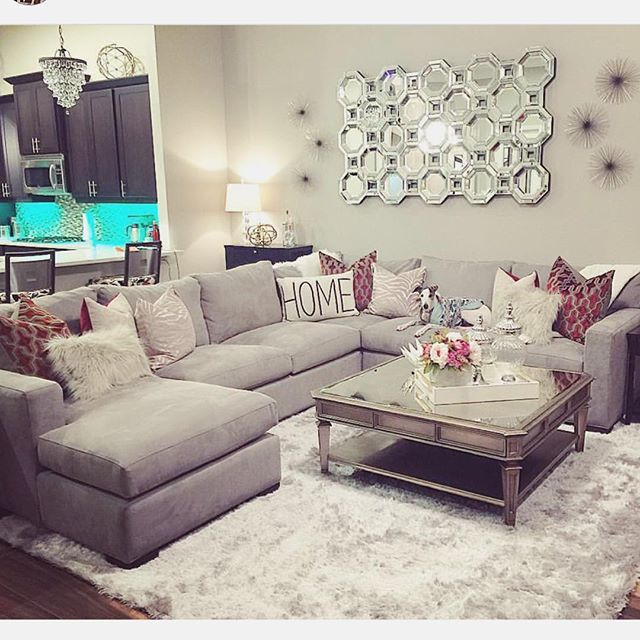 Loving the pillows on this sofa