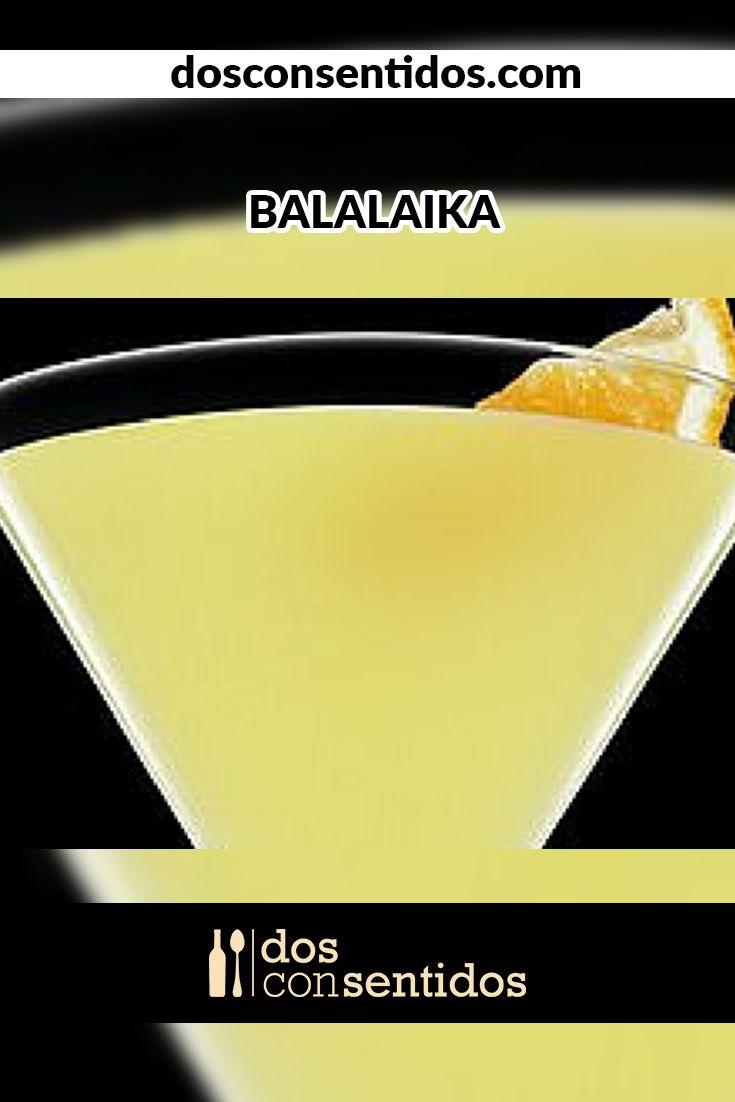 El Balalaika es un delicioso coctel con sabores cítricos y aromáticos. Su nombre y origen vienen de Rusia, donde en los años de 1930, era usual ponerle nombres rusos a los cocteles que tuvieran vodka, para hacer honor a su país. En realidad, el balalaika es un pequeño instrumento ruso con tres cuerdas, parecido a un banjo, y era usado en las canciones folklórica melancólicas de este país.