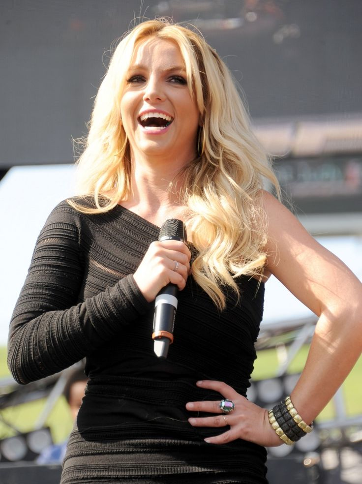Britney Spears | GRAMMY.comBritney Bitch, Favorite Musicians, Britney Smile, Beautiful People, Britney Spears