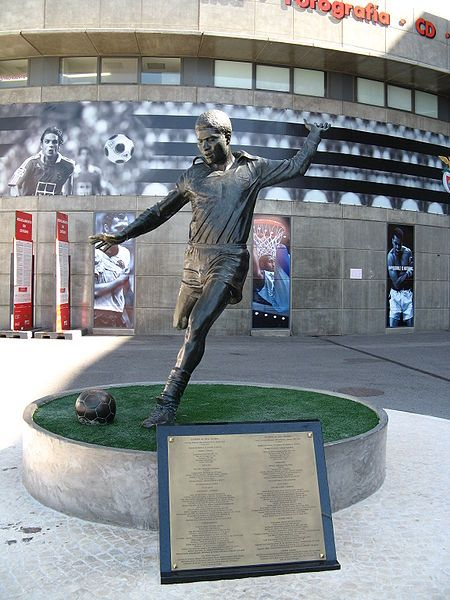 Eusébio - Sport Lisboa e Benfica: Meu Benfica, Eusebio Slb, Sports Lisbon, Eusébio Statues, Lisbon Portugal, Benfica Lisbon, Portugal Football, Sl Benfica, Benfica