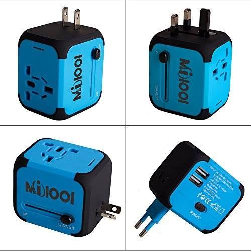 Adaptador enchufe de viaje universal con dos puertos USB http://www.milideaspararegalar.es/producto/adaptador-enchufe-de-viaje-universal-dos-puertos-usb/
