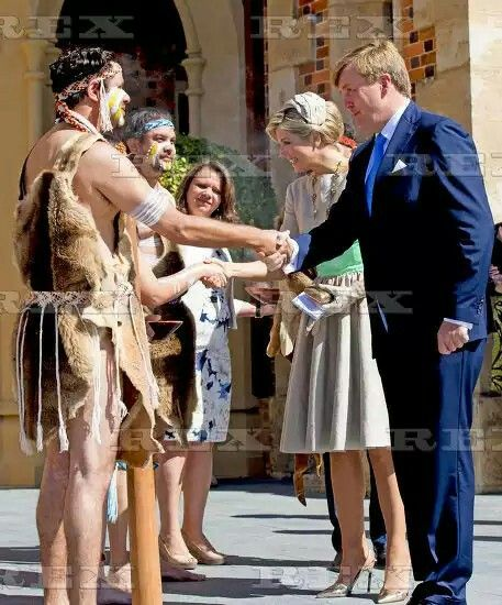 Dutch Royals welcomed by Governor of West Australia Sanderson and Aboriginal elder Walley at the Government House, Perth, Australia - 31 Oct 2016 King Willem-Alexander and Queen Maxima of The Netherlands 31 Oct 2016