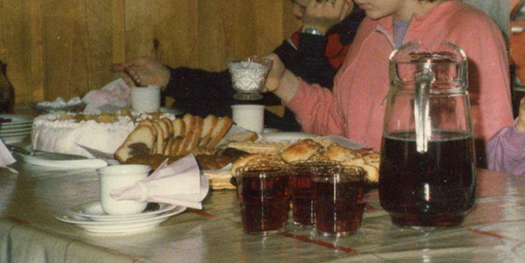 Syntymäpäiväjuhlat 80-luvun puolivälissä. #kadonnutkasari #kasari