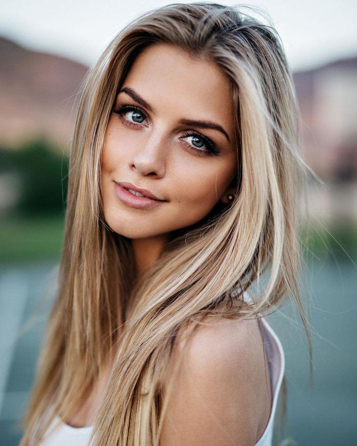 Stunning amateur blonde teen