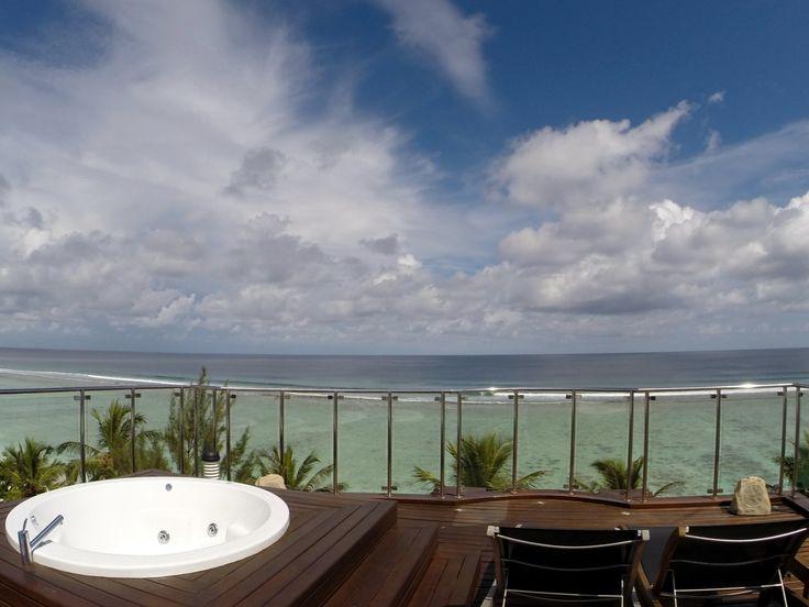 Outdoor Jacuzzi fronting endless Indian Ocean #Maldives #ocean #terrace