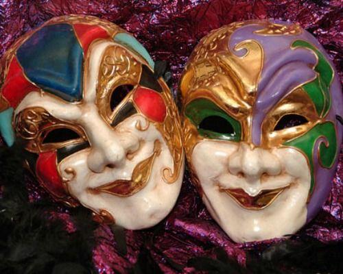 Carnival Season, A History Lesson, John Besh & His King Cake Cupcakes Recipe