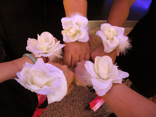 How To Make A Wedding Corsage Cheap Flowers Bouquet