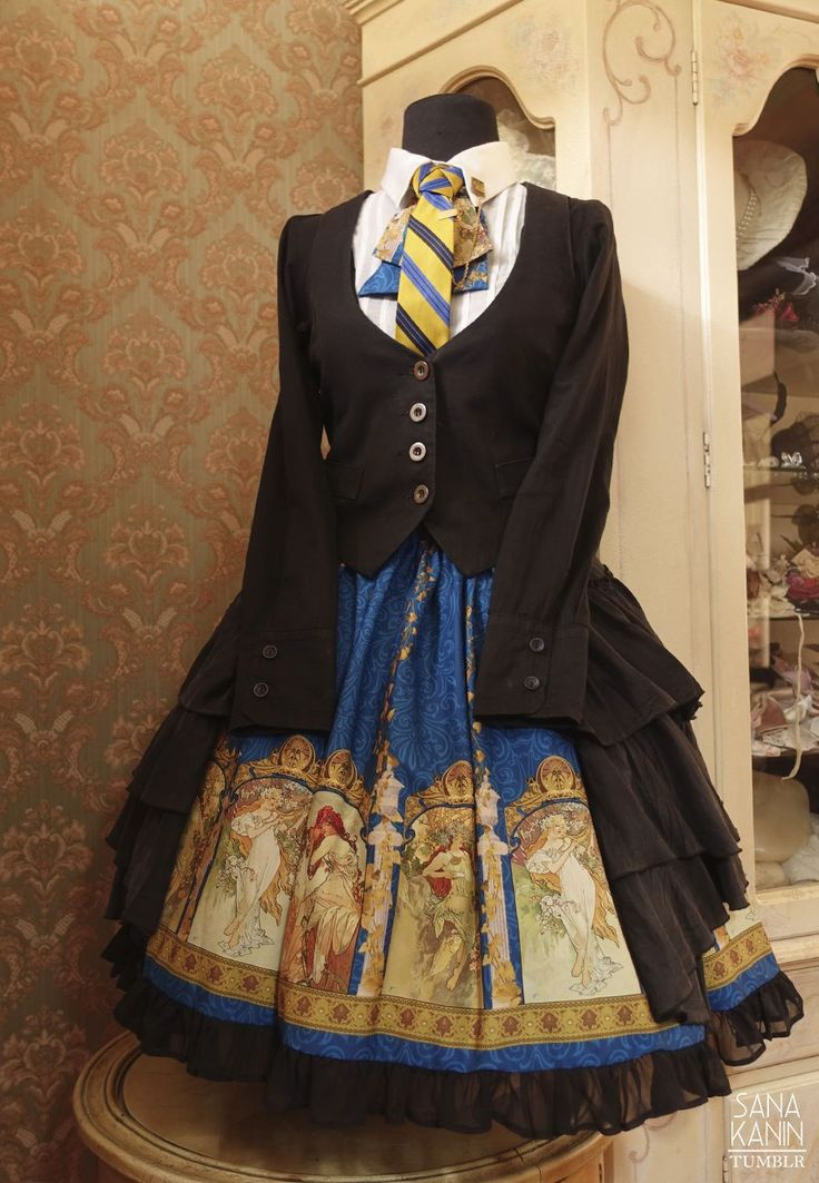 Ravenclaw: skirt, (disassembled) waist ribbon - Souffle's Song, 'Time Godness'; collared shirtdress - offbrand; old blouse worn as a buttcape.