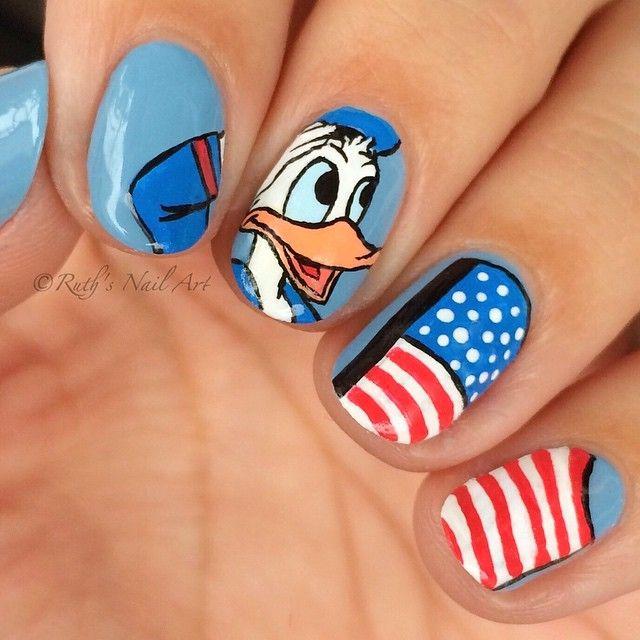 Donald Duck 4th of July Nails #ruthsnailart #disneynails #nailart #USA