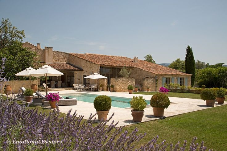 Stunning vacation rental, Bonnieux, #Provence, South of #France.