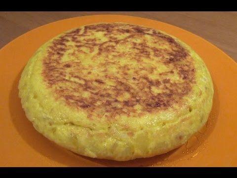 Tortilla de patatas - Receta de cocina española - YouTube